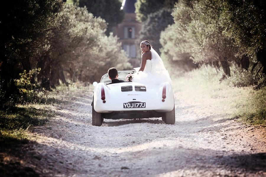 photo de couple de mariés à antibes