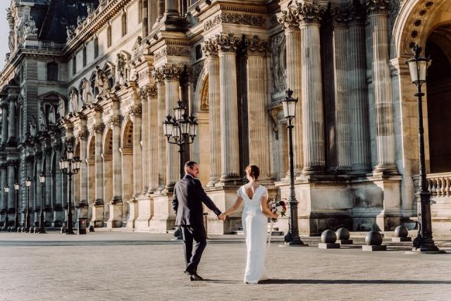 photo de mariés louvre paris